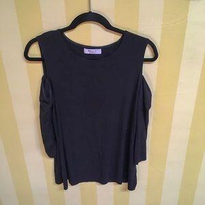 Bailey 44 cold-shoulder top L